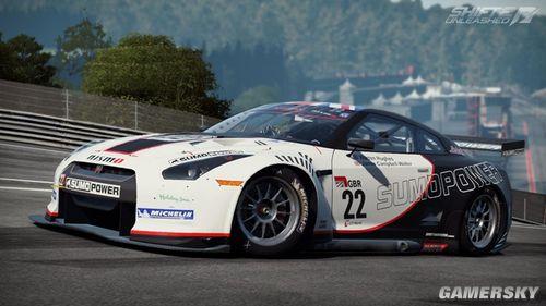 《极品飞车15:变速2》最新赛道 尼桑跑车详解图片