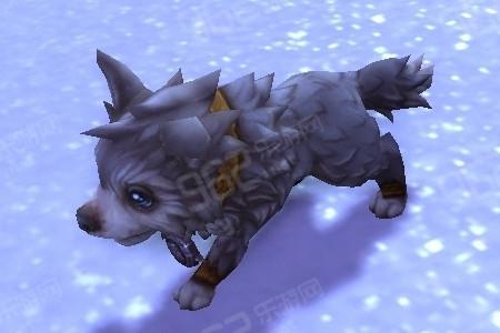 霜狼乳牙_达到崇拜后,玩家可以购买迅捷霜狼坐骑以及霜狼战袍.