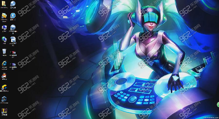很多英雄联盟的玩家都比较喜欢新近公布的琴女终极皮肤DJ娑娜,已经有有才的玩家制作出了DJ娑娜动态桌面,如果你喜欢这个效果图,赶紧下载吧,小伙伴们!  LOL琴女终极皮肤DJ娑娜动态桌面 首先,要知道如何将视频设置为电脑壁纸。 1.首先我们百度搜索下载Windows 7 DreamScene Activator 1.